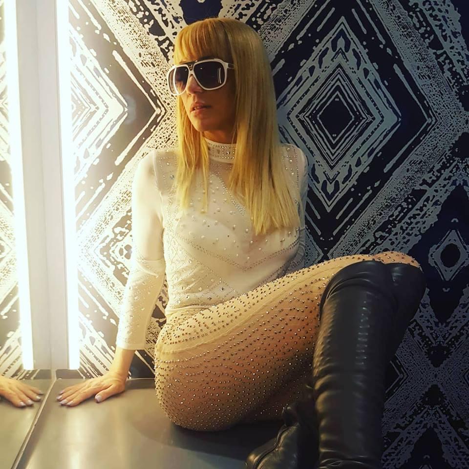 """Acytriz Porno Noelia cantante noelia sobre su incursión en el porno: """"es una"""